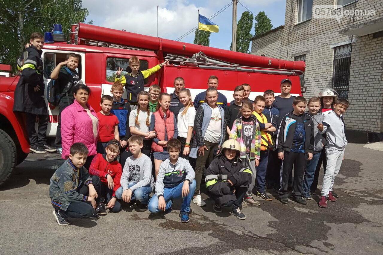 Дергачевский район: интересную экскурсию провели спасатели в пожарном депо , фото-3