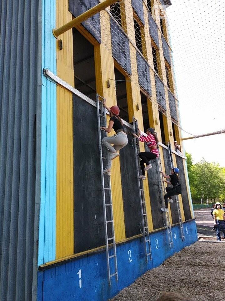 Дергачевские школьники приняли участие в соревнованиях по пожарно-прикладному спорту, фото-5