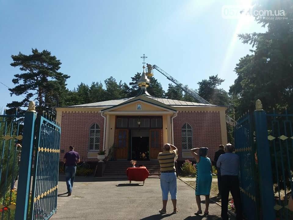 В Свято-Иоанно-Богословском храме установили накупольный крест, фото-5