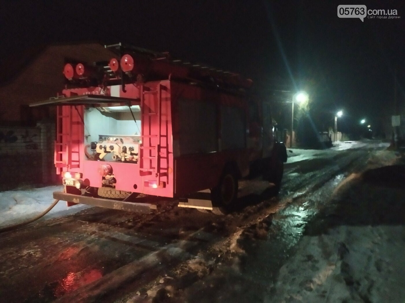 У Малій Данилівці рятувальники ліквідували пожежу позашляховика, фото-1