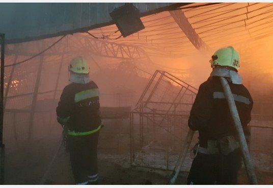Пожар в Безруках тушили 12 часов (ВИДЕО), фото-1