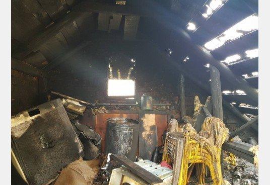 В Дергачевском районе произошел пожар в частном доме, фото-1